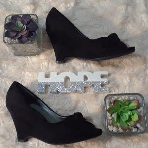 FIONI Black Key Heels SIZE8